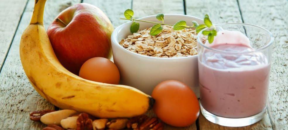 Come ridurre il grasso corporeo: cambiando orari di colazione e cena.