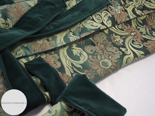 Men's luxury floral paisley silk dressing gown, robe in green with velvet collar and full satin lining.