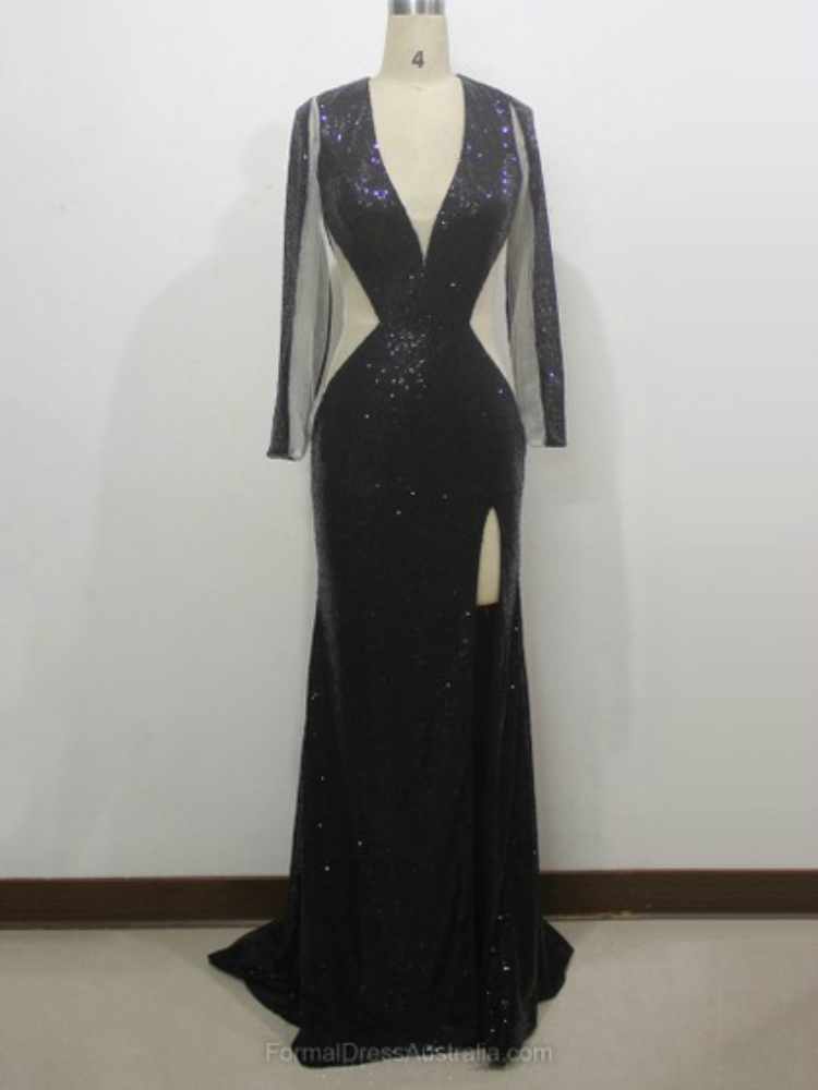 http://www.formaldressaustralia.com/trumpet-mermaid-sequined-v-neck-with-split-front-sweep-train-formal-dresses-formal020104334-p8019.html?utm_source=post&utm_medium=FDA117&utm_campaign=blog