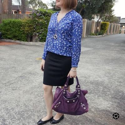 awayfromtheblue Instagram   printed blouse black pencil skirt autumn office style