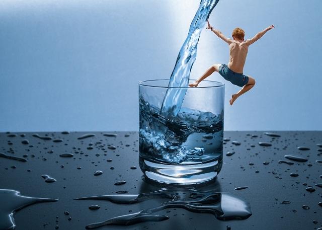 طريقة شرب الماء للتنحيف