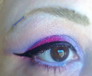 eye_makeup_look_red_lilac