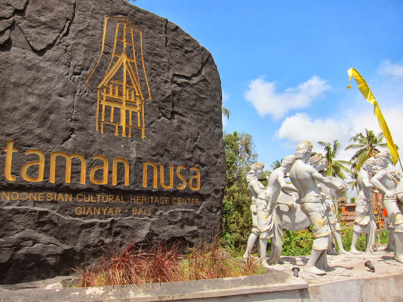 Lowongan Kerja Di Taman Nusa Gianyar Tersedia Berbagai Posisi Lowongan Kerja Di Bali