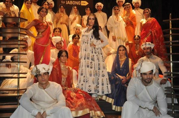 Shraddha Arya Hot Beautiful Photos That Will Make Your Day: Shraddha Kapoor Walks The Ramp During Jabong Pret-e-Porter