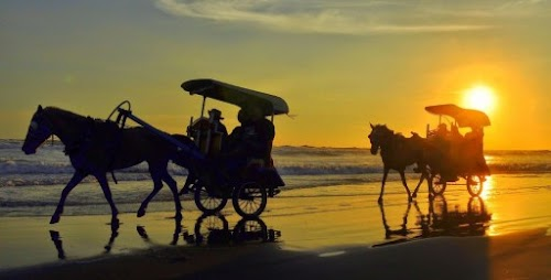 Paket Wisata Jogja 3 Hari 2 Malam Family Vacation