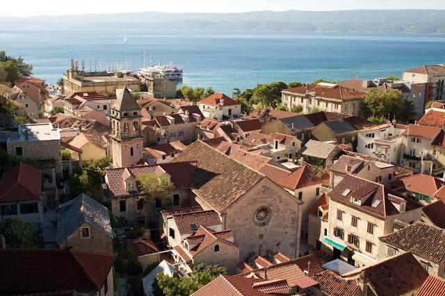 Chorvatsko s dětmi - Omiš, starobylé město s vyhlídkou