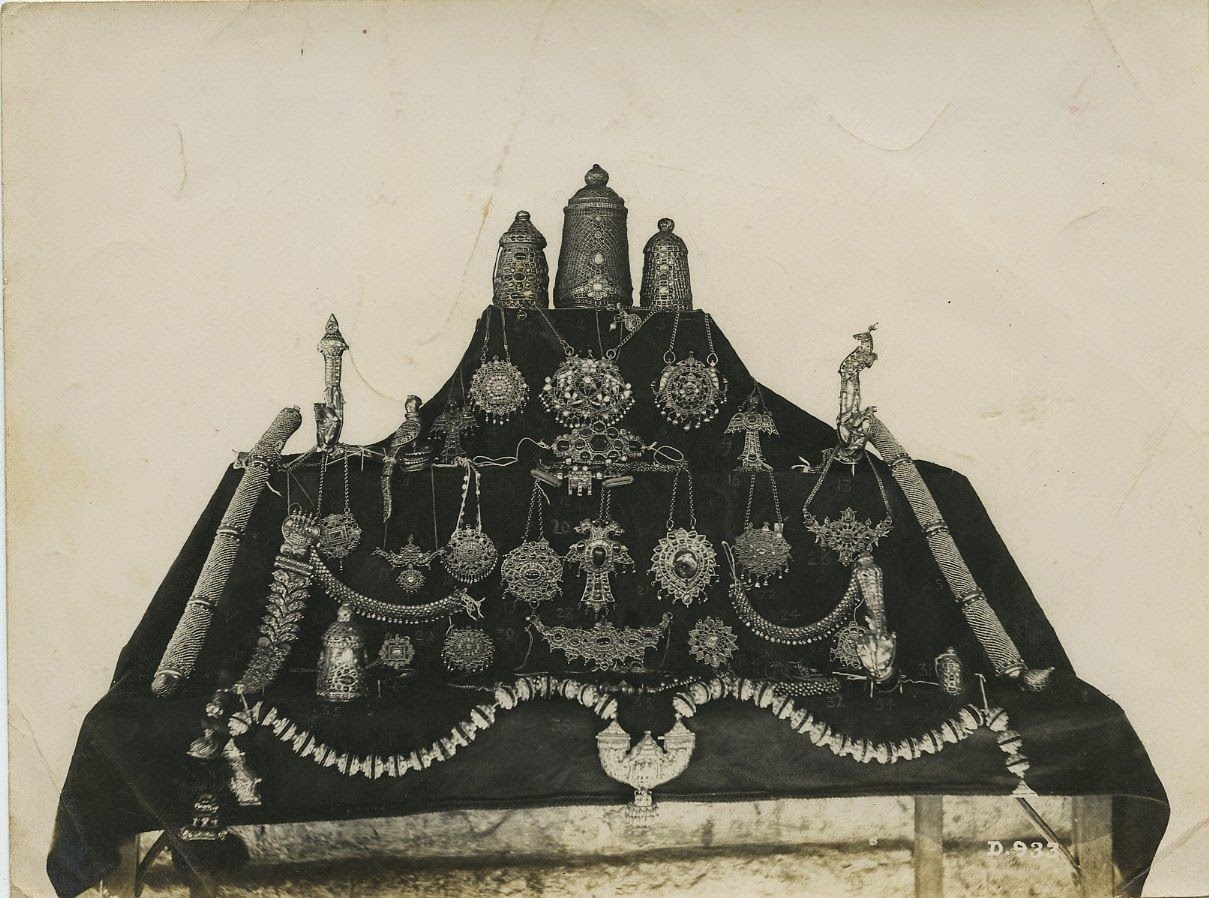 Jewels From The Ramanatha Temple In India - c1930's