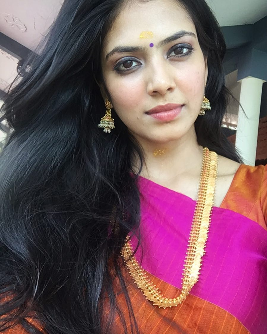 Malavika Mohanan Beautiful Hd Pics,Gorgeous Photos And Wallpapers Hd,Free download hot Images High Quality, Malavika Mohanan Thighs Pics,Malavika Mohanan Cleavage Images,Malavika Mohanan Hot Navel Pics,Malavika Mohanan Hot Butt and ass Images,Malavika Mohanan Backside Pics,Malavika Mohanan Saree Pictures,Malavika Mohanan Tight Jeans Pics,Malavika Mohanan Bikini Photos,Malavika Mohanan Cute Images,Malavika Mohanan Traditional dresses, Malavika Mohanan Seductive Images,Malavika Mohanan Lips, Malavika Mohanan Smile, Malavika Mohanan wardrobe malfunction,Malavika Mohanan Fashion,Malavika Mohanan Tv shows,Malavika Mohanan Movies list,Malavika Mohanan latest Pictures Etc.