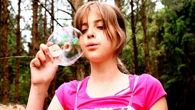 blow-bubbles-736868_640.jpg