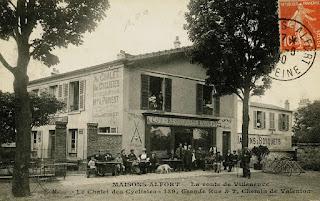 Carte postale de cyclistes dans le Val-de-Marne