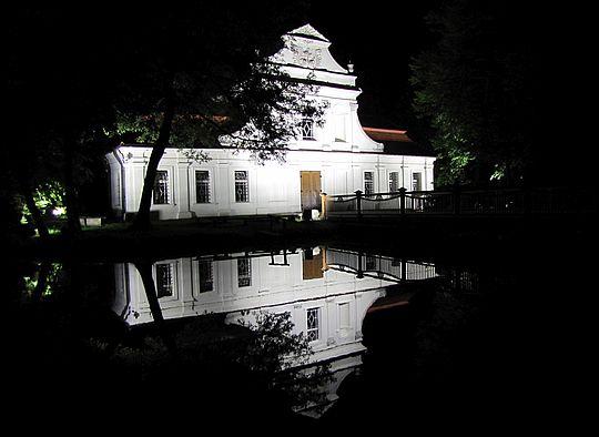 """Kościół św. Jana Nepomucena (""""kościół na wodzie"""")."""