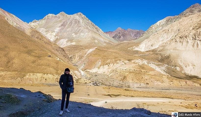 Cordilheiras dos Andes completam o cenário do Baños Colina