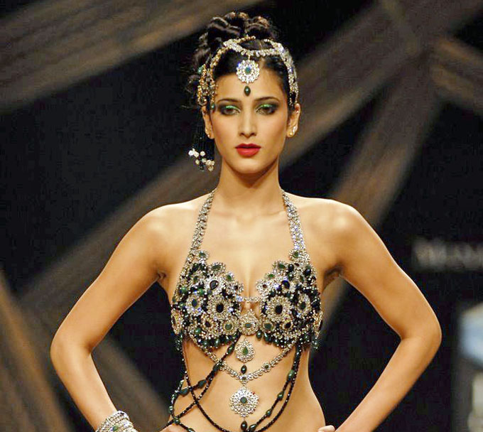 Shruti Hassan Hot Cleavage Show In Bra At Ramp Hq Spicy -6311