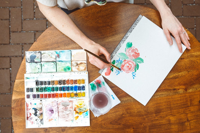 How to Paint Watercolor Flowers for Mother's Day Crafts. DIY mother's day watercolor cards. DIY mother's day. Quick watercolor flowers. Watercolor painting flowers roses. Watercolor flowers for beginners.