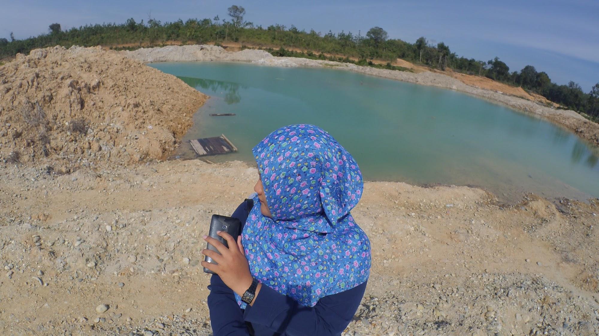 Pesona Telaga Dompeng dan Danau Biru