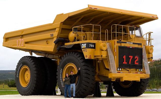 CAT 789 Haul Truck
