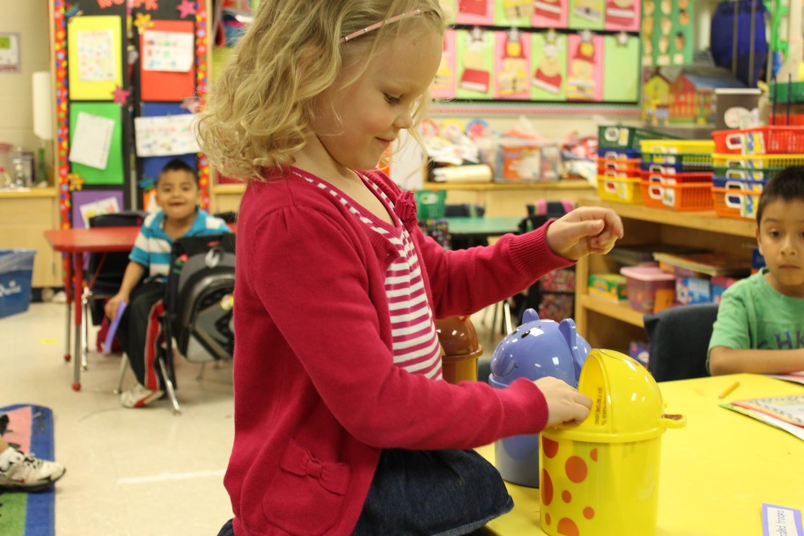 Mrs Lee S Kindergarten Integrating Math Amp Literacy Zoo Style