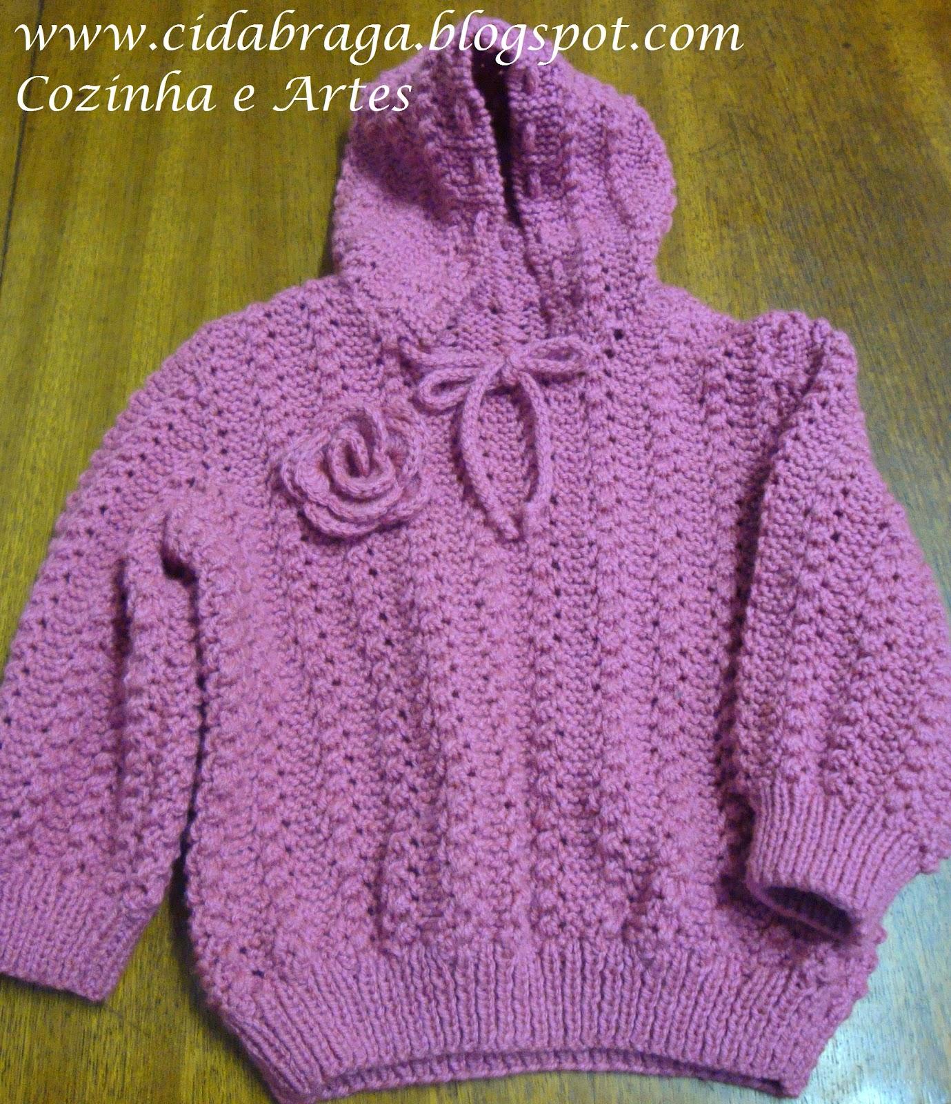 b570a63707594 Cozinha e Artes  Blusa de tricô com Capuz Ana Giullia