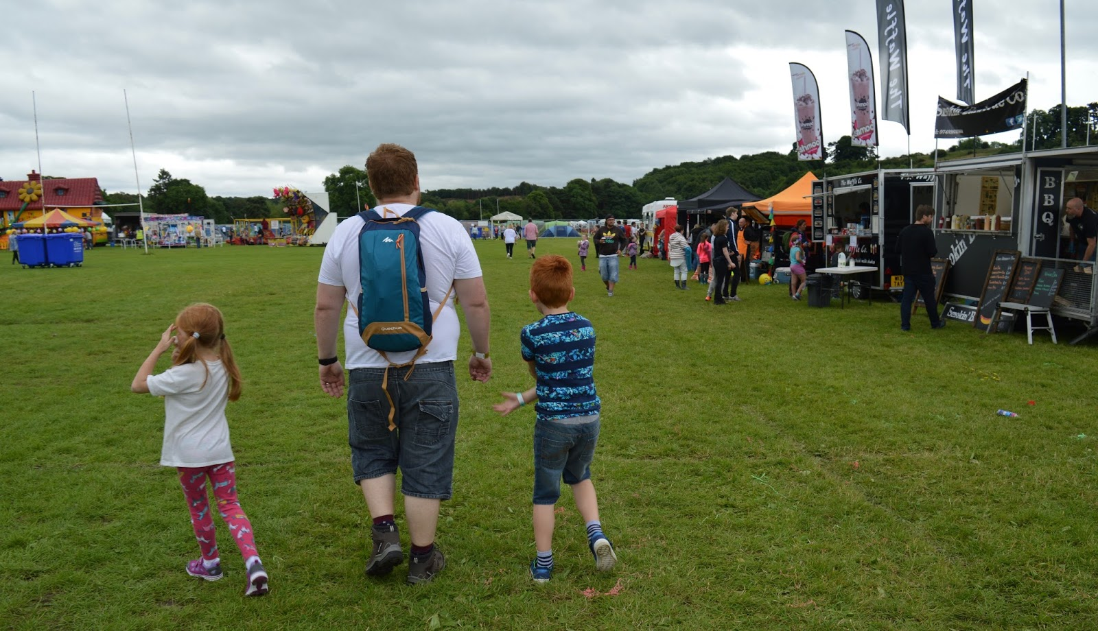We're heading to Festival on the Wall in Northumberland and the Just So Festival in Cheshire this year. Here are our 10 Essential Items to pack when visiting a festival with kids. - Rucksack