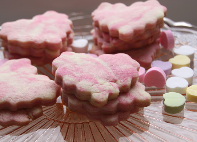 pink marbled sugar cookies