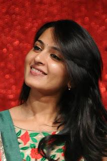 Anushka Shetty Beautiful Smile Close Up Photos