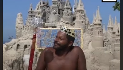 Pria Ini Hidup di Dalam Istana Pasir Selama 22 Tahun