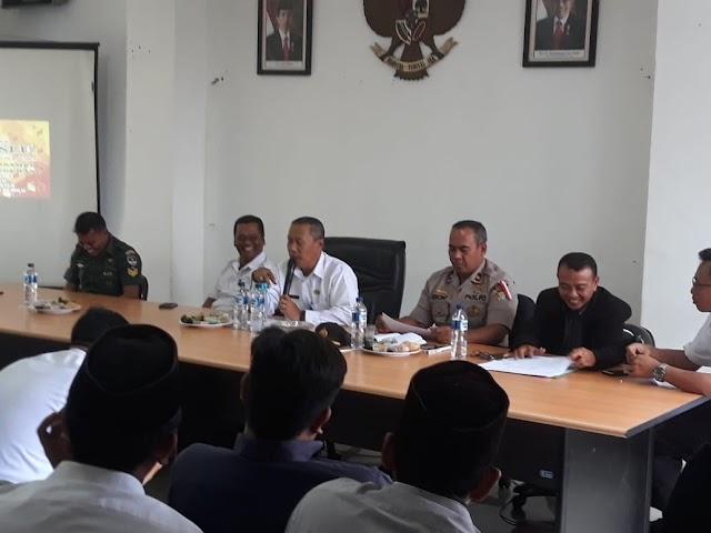 Sukseskan Pemilu 2019 PPK Gelar Rapat Koordinasi Dengan Panwaslu Dan masyarakat.