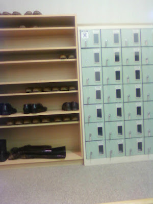 shoes locker