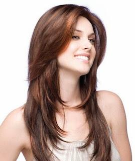 Model rambut dengan teknik layer