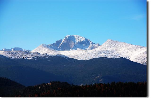 Longs+Peak+from+Moraine+Park.JPG