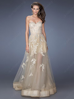 http://www.dressfashion.co.uk/product/latest-sweetheart-tulle-a-line-with-appliques-lace-champagne-prom-dresses-02014247-905.html