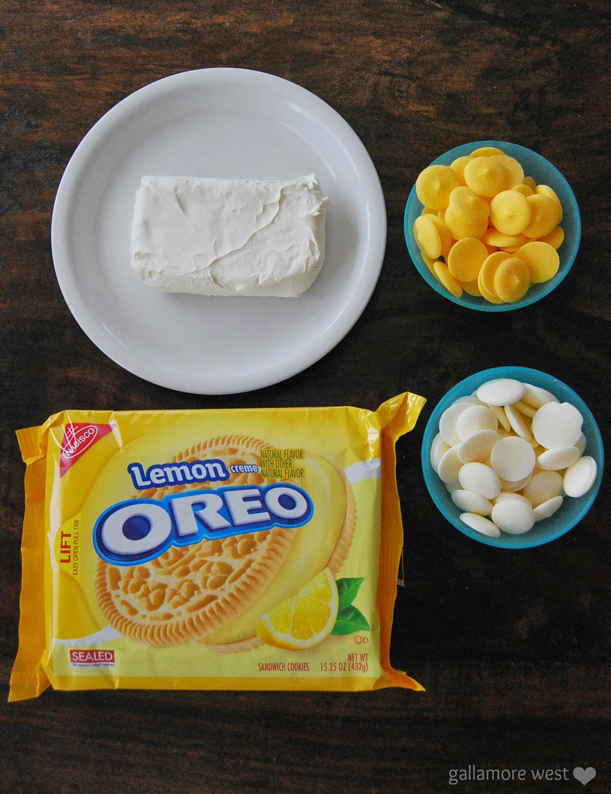 Three Ingredient Lemon Cheesecake Truffles!!