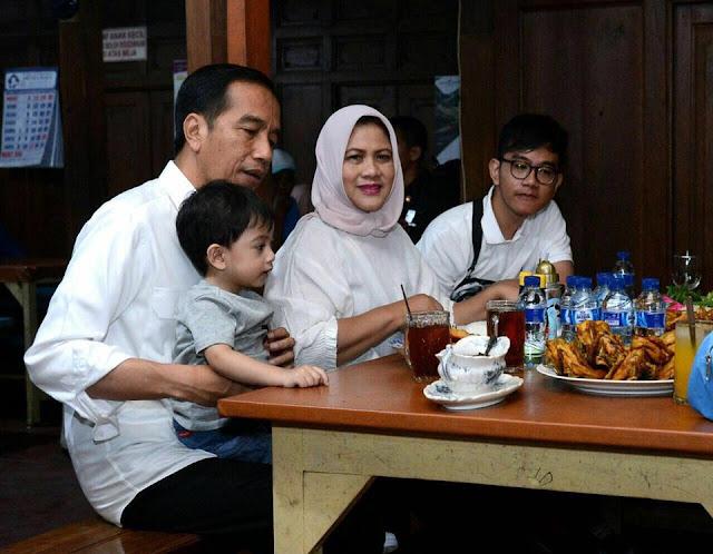 Presiden Jokowi Ucapkan Selamat Paskah