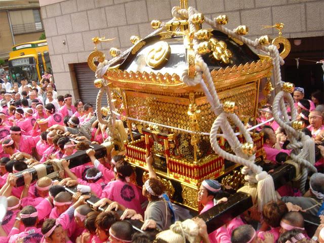 Torigoe Matsuri at Torigoe Shrine, Taito, Tokyo
