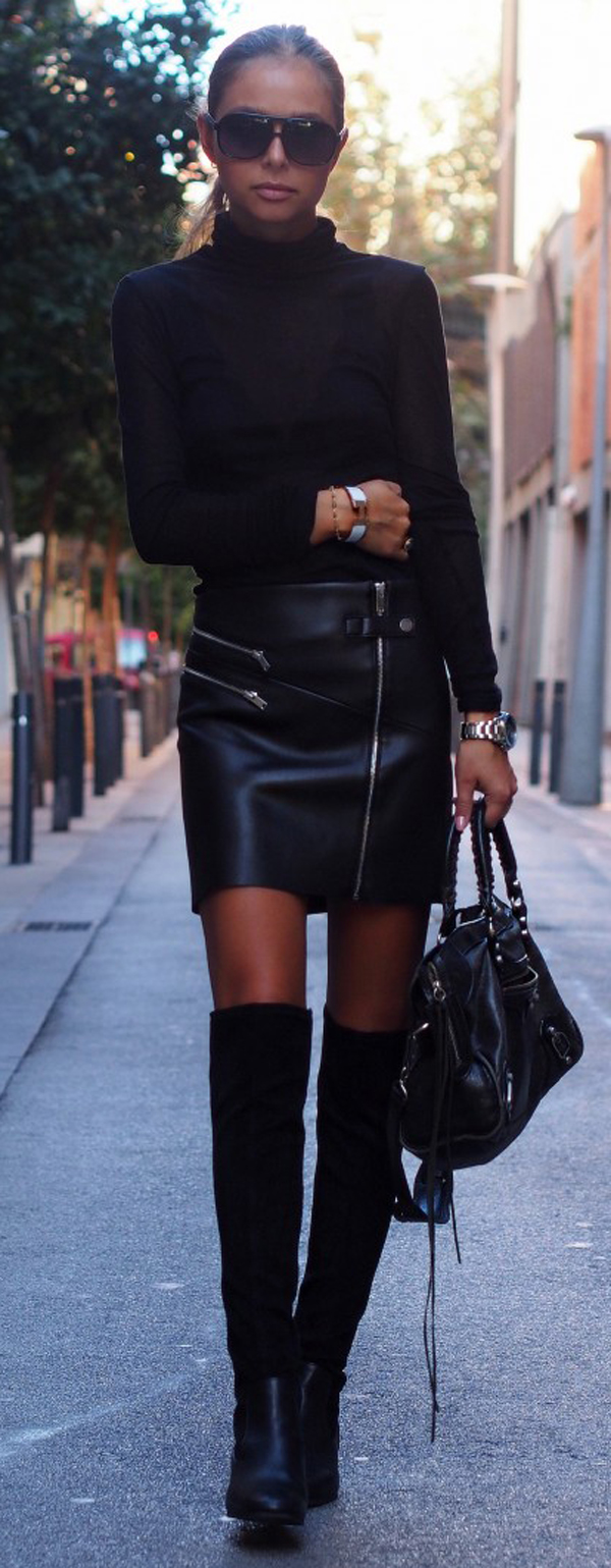 knee-high boots all black style