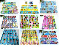 lotto di 100 Bracciali Braccialetti slap giochi giocattoli Bambini Frozen Minions Masha e Orso