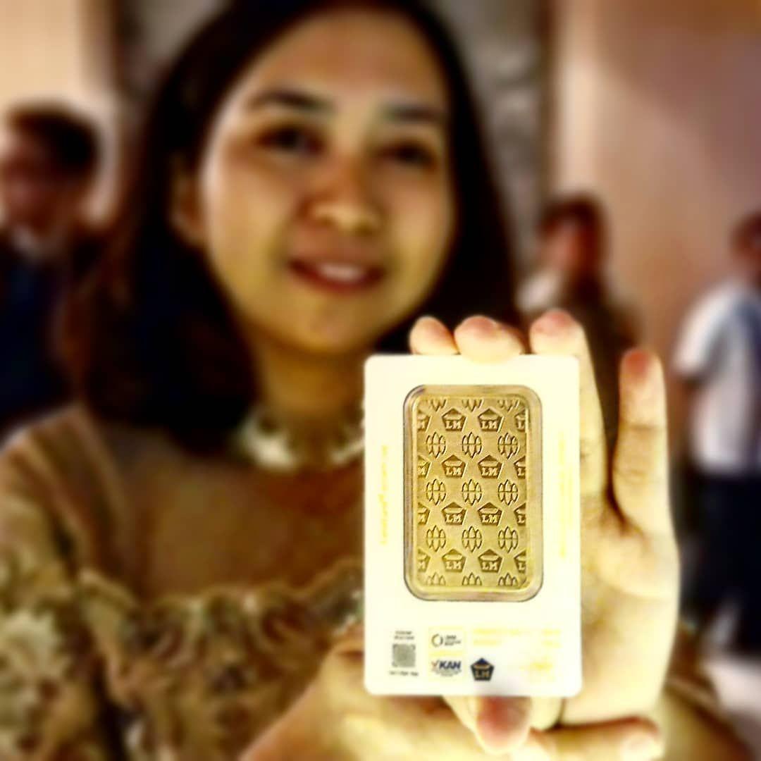 Kekinian Mahar Nikah Pakai Emas Antam Dengan Desain Batik Terbaru