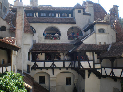 castillo-de-bran-dracula-novela-bram-stoker-brasov-rumania