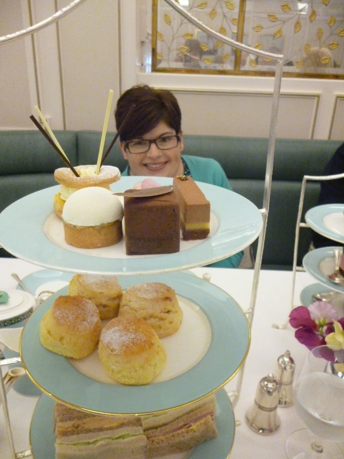 Afternoon Tea Cakes - Fortnum and Mason