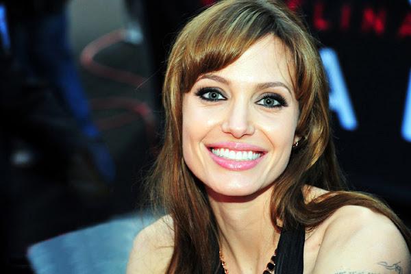 Angelina_jolie_wiki