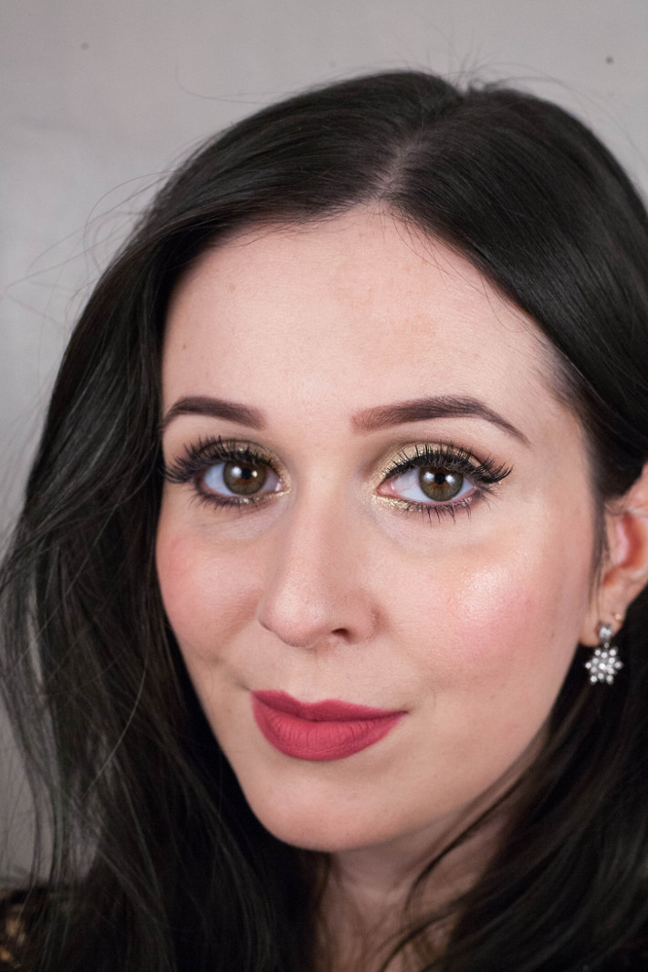 Beauty: soft gold NYE makeup tutorial
