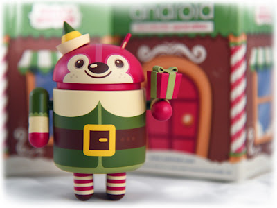 Bingle Bear Holiday Android Vinyl Figure by Scott Tolleson