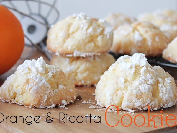 "Orange and Ricotta Cookies <img src=""https://pic.sopili.net/pub/emoji/twitter/2/72x72/1f34a.png"" width=20 height=20>"
