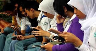 Mendidik Generasi Gadget : Data dan Fakta