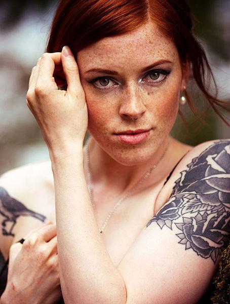 Amanda adkins nude photo