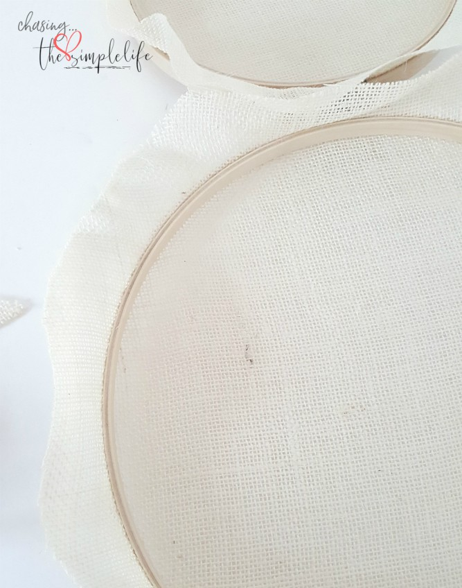 Embroidery Hoop Easter Bunny    - Chasing Quaintness