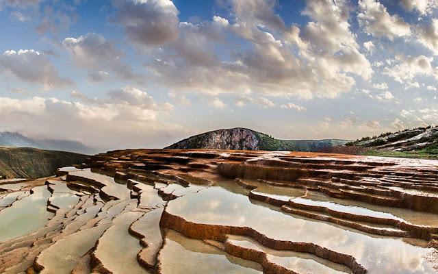 Terraços de Badab-e Surt - Irã