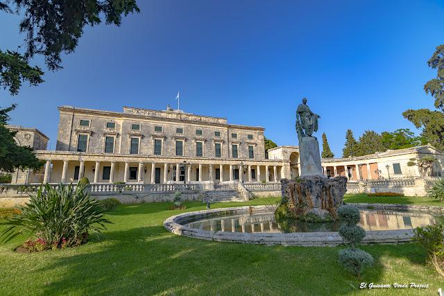 Palacio de los Santos Miguel y Jorge - Corfu por El Guisante Verde Project