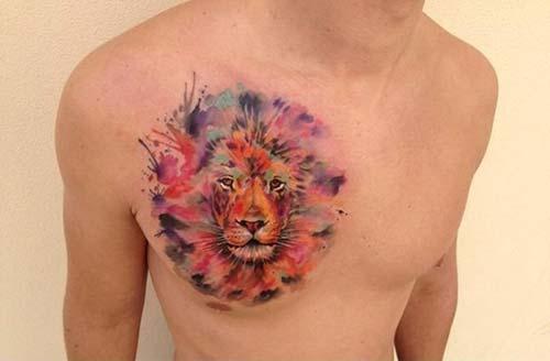 man chest watercolor lion tattoo erkek göğüs renkli aslan dövmesi