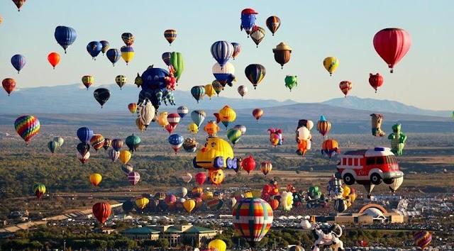 Dünyanın en büyük balon festivali nerede yapılmaktadır?
